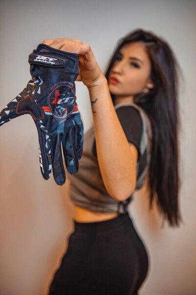 DCC Design Gloves